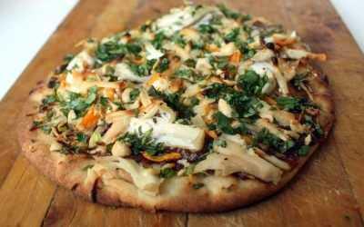 Naan Pizza: swap out that plain ol' pizza dough