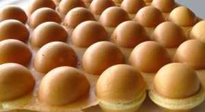egg waffles bubble puffle