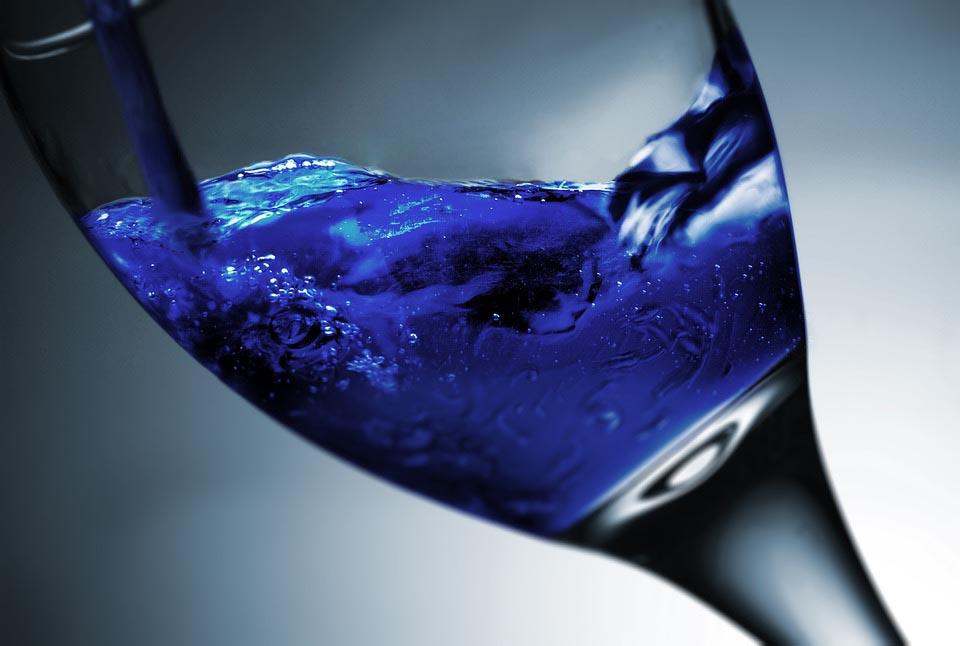 blue wine glutto digest