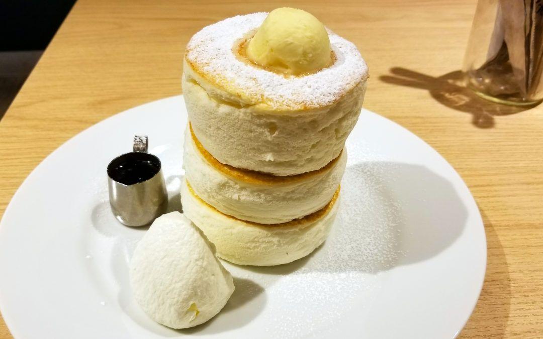 Japanese Pancakes: wiggle wiggle wiggle