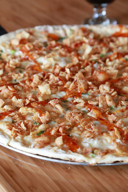 nontraditional unconventional pizza mashups