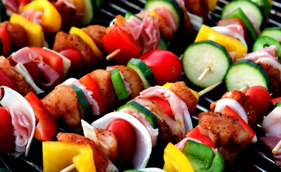 types of eaters omnivore carnivore vegetarian vegan