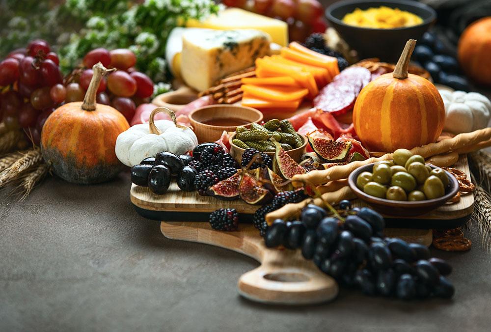 holiday thanksgiving tasting board
