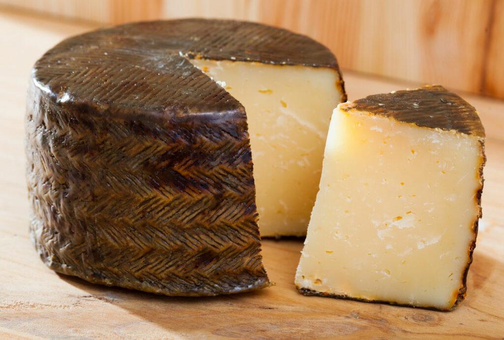 manchego Spanish cheese Spain