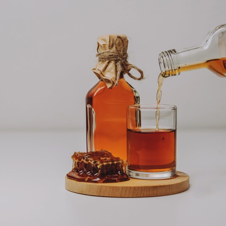 mead honey wine liquor alcohol