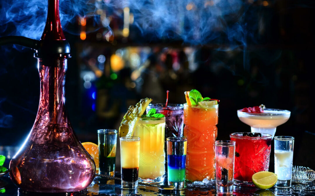 Halloween Drinks: non-alcoholic sips and alcoholic spirits
